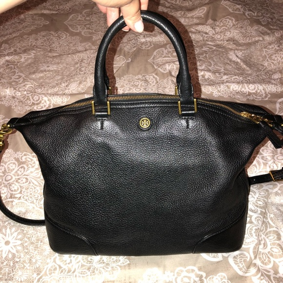f280e831cc8 Tory Burch Frances Slouchy Satchel. Black leather.  M 5b176db3619745b917abbeb6